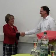 Vorsitzende Marlene Merhar mit Stiftungsprofessor Prof. Fischer